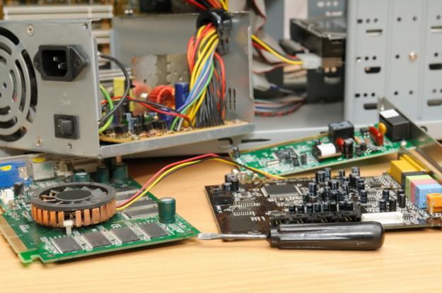 Компьютерная помощь Якиманка, ремонт компьютеров и ноутбуков